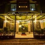 La Mare Restaurant Batumi Javakhishvili 1 INFOBATUMI 150x150